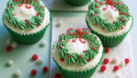 Wreath Cupcakes